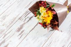 Fleurs sur le plancher Photo libre de droits