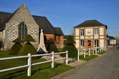 Fleury la Foret Frankrike - marsch 15 2016: den pittoreska villagen Royaltyfri Bild