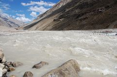 Fleuve dans Zanskar Image stock