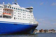 fleuve de car-ferry Images libres de droits