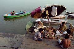 Fleuve de Ganga chez Benaras Image libre de droits