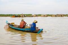 fleuve de kneas de pêcheurs de chong du Cambodge photos libres de droits