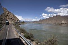 Fleuve de Lhasa Photo libre de droits