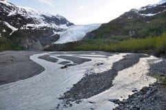 Fleuve de résurrection et glacier de sortie, Alaska Photo stock