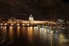 Fleuve de Seine à Paris, avec Image stock