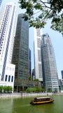 Fleuve de Singapour de vitesse normale de bateau Photos libres de droits