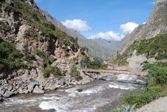 Fleuve de Vilcanota dans le journal d'Inca de Piskakucho Photographie stock libre de droits
