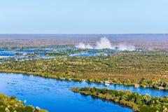 Fleuve de Zambezi et Victoria Falls Photographie stock