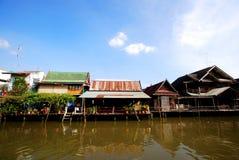 fleuve du marché thaï Images libres de droits