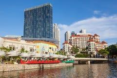 Fleuve et Clarke Quay de Singapour Photo stock
