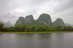 Fleuve Li à Guilin, Chine Photographie stock libre de droits