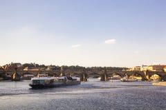Fleuve Vltava à Prague photos stock