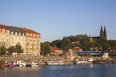Fleuve Vltava à Prague images libres de droits