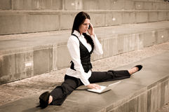 Flexible business - woman with laptop Royalty Free Stock Images