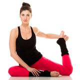 Flexibles Mädchen, das pilates Übung ausdehnend tut Lizenzfreies Stockbild
