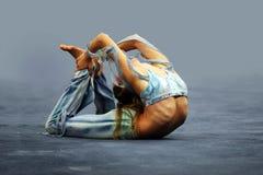 Flexibles Mädchen Stockfoto
