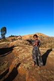 Flicka av stammen Dorze, nära Arba Minch i sydliga Etiopien P Royaltyfria Bilder