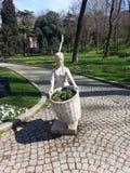flicka av trädgården Royaltyfria Bilder