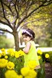 flicka för blomma garden9 royaltyfria foton