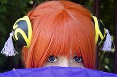 Flicka för deltagare för Gintama Kagura dräkt cosplay i fotoet Royaltyfri Bild