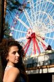 flicka för dragningsbakgrundsunderhållning Arkivfoto