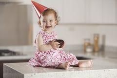 Flicka för lycklig födelsedag Arkivfoto