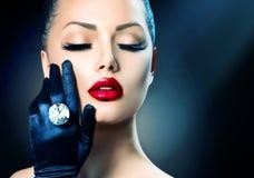Flicka för skönhetmodeglamour Arkivfoton