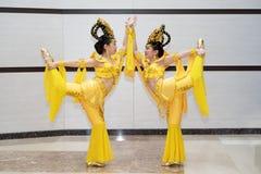 Flicka för två kines royaltyfria foton