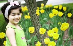flicka för blomma garden3 Fotografering för Bildbyråer