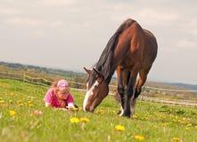 Flicka & häst Royaltyfri Fotografi