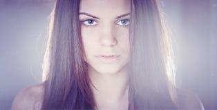 Flicka hemma Fotografering för Bildbyråer