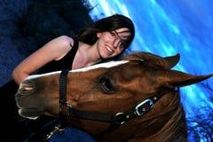 flicka henne häst Arkivbilder