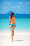 Flicka i bikini Royaltyfri Fotografi