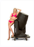 Flicka i bikini- och utrymmekanon royaltyfria foton