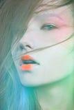 Flicka i bilden av en Geisha Royaltyfri Bild