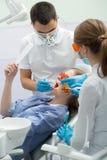 Flicka i dentistry Royaltyfria Foton