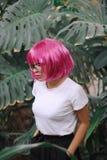 Flicka i exponeringsglas Kvinna i djungeln Arkivbild