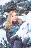 Flicka i frost Royaltyfria Foton