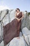 Flicka i halsduk Arkivfoton