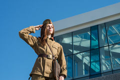 Flicka i militär likformig Royaltyfria Foton