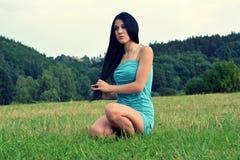Flicka i natur Royaltyfri Fotografi