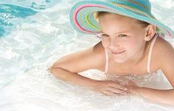 Flicka i simbassängen Royaltyfria Foton