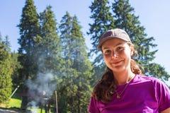 Flicka i skog Royaltyfria Foton