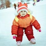 Flicka i skridskon Arkivfoto