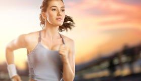 Flicka i sport Royaltyfri Bild