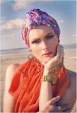 Flicka i turban Fotografering för Bildbyråer