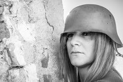 flicka isolerad militär white Arkivbilder