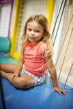 flicka little lekplats Royaltyfri Foto