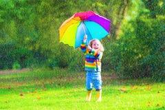 flicka little paraply Royaltyfria Bilder