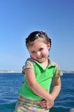 flicka little som är blyg Royaltyfri Bild